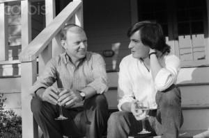 R. McKenna et S. Jobs.