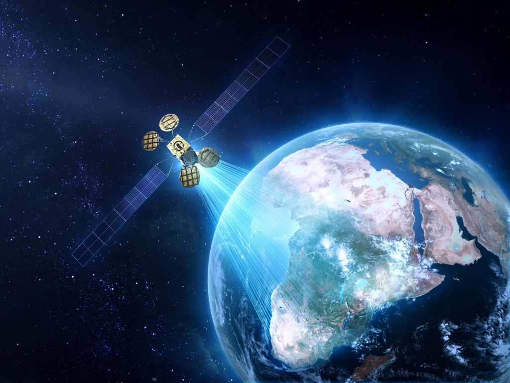 Facebook lance son satellite