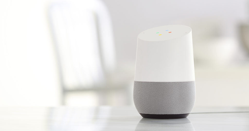intelligence artificielle avec Google Assistant intégré à Google Home.