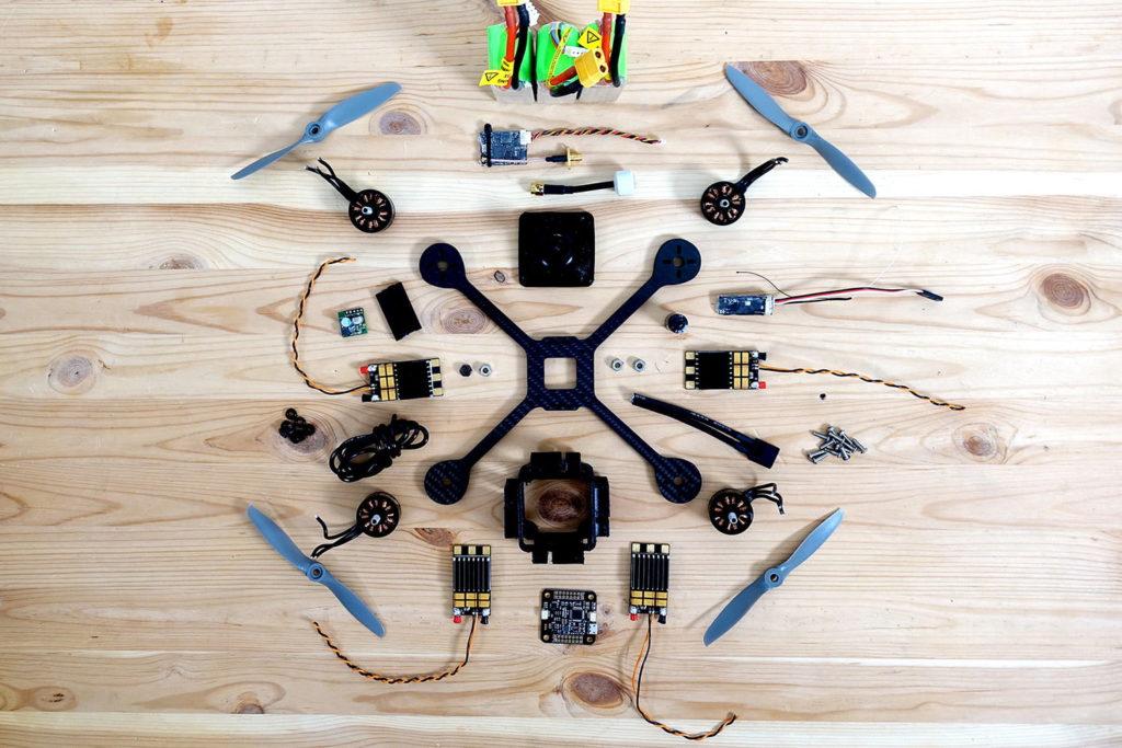 racerX drone plus rapide du monde