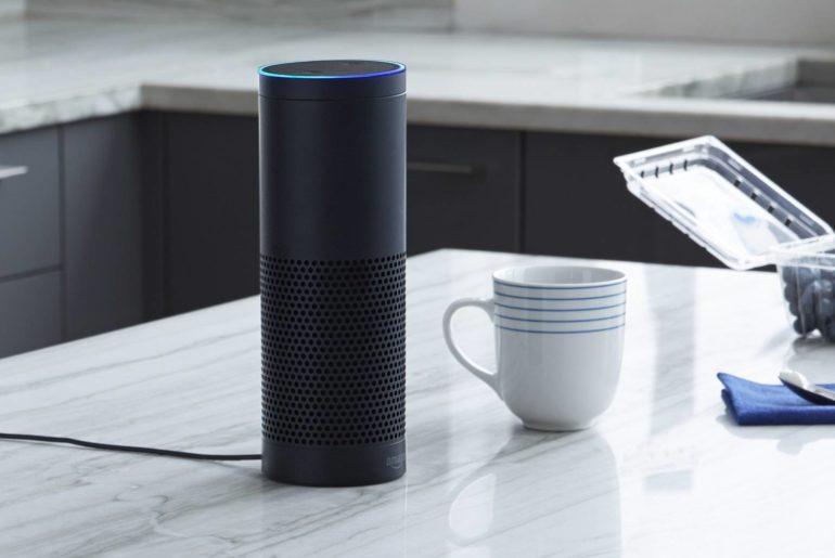 Amazon développerait des puces dotées d'intelligence artificielle pour permettre à Alexa de répondre plus rapidement.