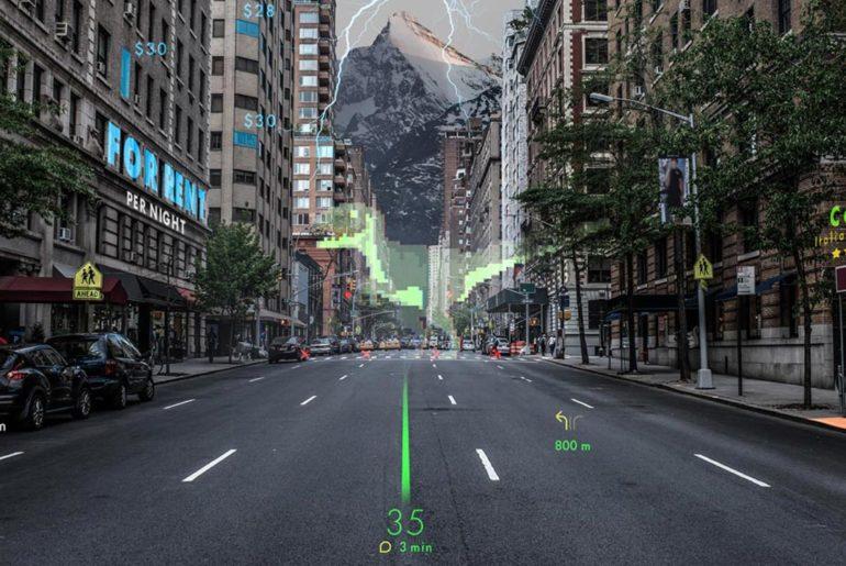 Hyundai a présenté un système de projection d'image sur pare-brise afin de guider les conducteurs sans qu'ils ne quittent la route des yeux